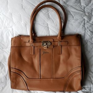 GUESS CARMEL TAN LARGE SATCHEL HANDBAG